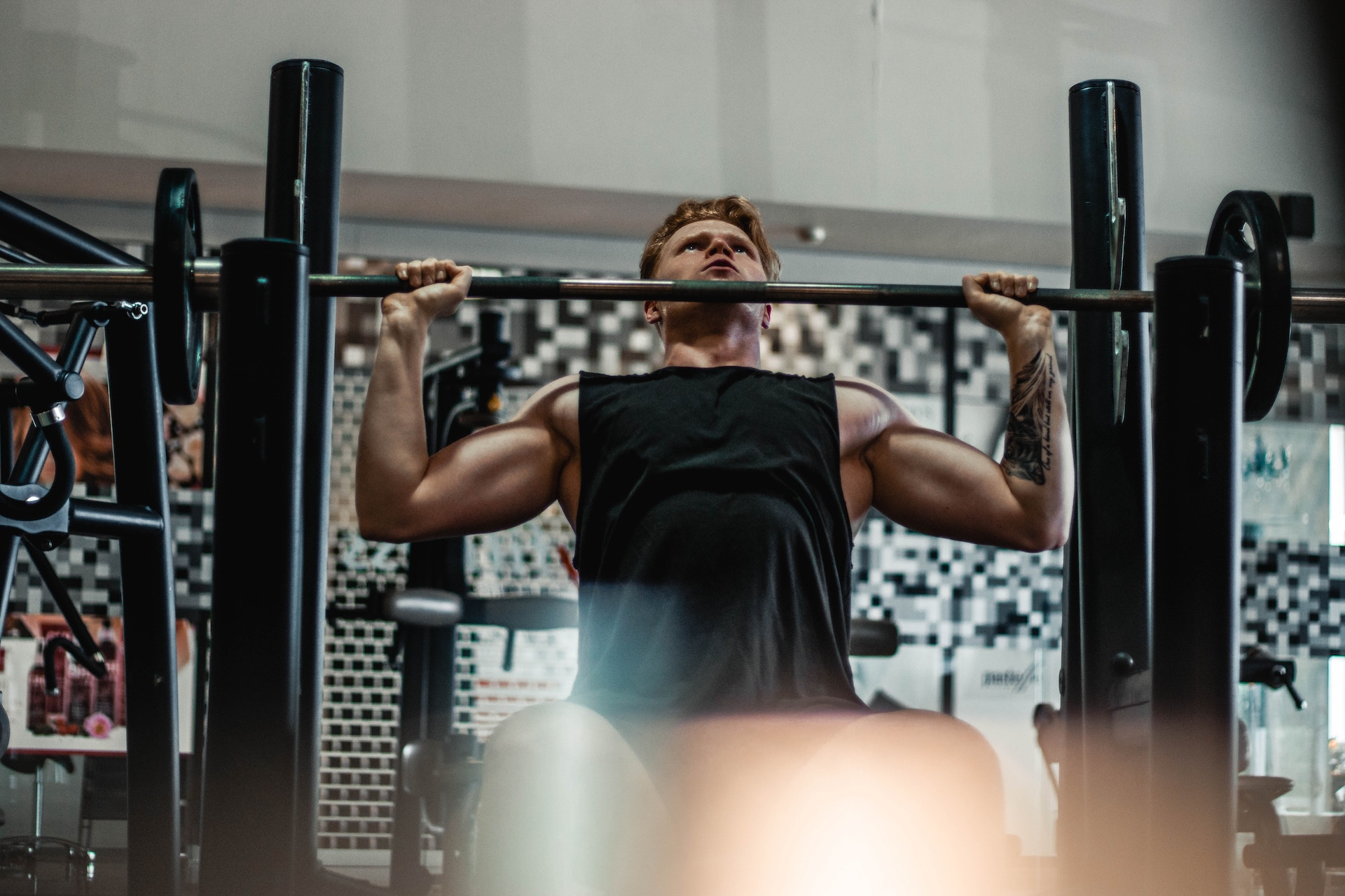 4 SURPRISING BENEFITS OF COMPOUND EXERCISES (#2 IS AWESOME)